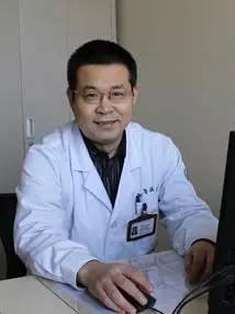 转移性骨肿瘤的外科治疗,骨肿瘤能活多久,骨肿瘤诊断与治疗,良恶性骨肿瘤的鉴别,骨肿瘤的症状,治骨肿瘤最好医院