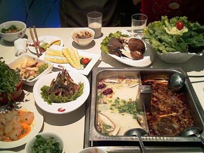 超级寒冷的郑州必吃的十家火锅