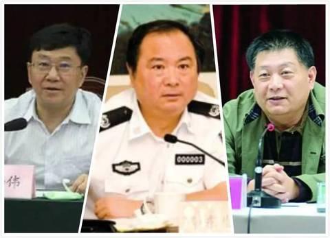 从左到右依次为:谭栖伟、李东生、杨刚