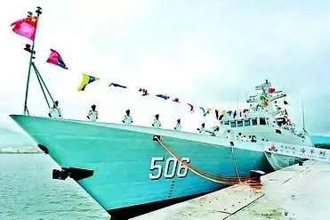 原文配图:荆门舰的舷号原属于6601型导弹护卫舰成都舰。