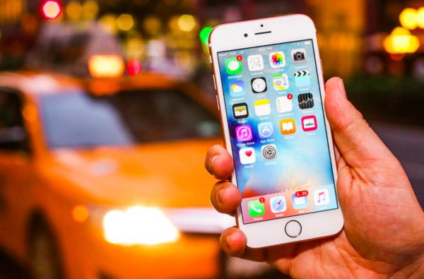 比增幅放缓更可怕 苹果称iPhone下季度现负增长