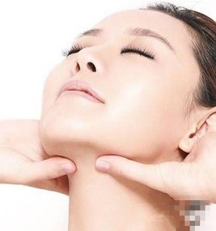 面部按摩手法:9个步骤淋巴排毒+瘦脸