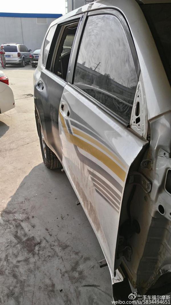 汽车 正文  答案是钣金修复,需要把门里面的胶铲掉 我也说过如果发现