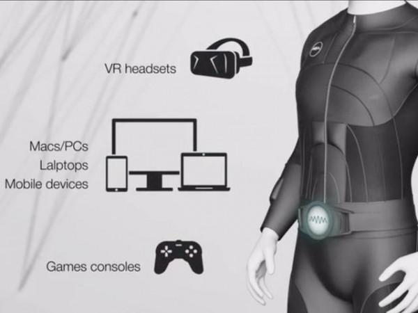 这款名为Teslasuit的智能紧身开发已有三年之久,它是全球首款全身触觉紧身衣。它配置了多个传感器,为全身创建了多个感触点,可以让我们感受到虚拟现实游戏的场景。