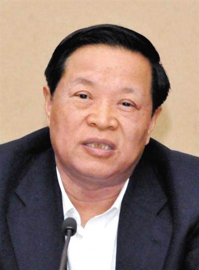 山东省委原常委、统战部原部长颜世元,降为副厅级非领导职务。