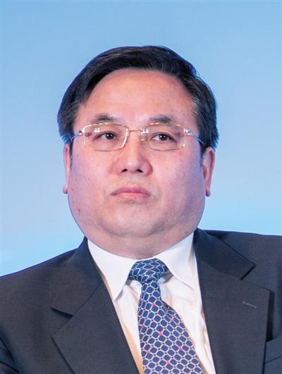 东风汽车公司原党委副书记、总经理朱福寿,部门副职以下非领导职务安排工作。