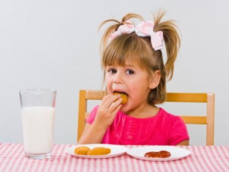 儿童不宜吃的食物_儿童不宜多吃的20种食物---为孩子不能不看-搜狐母婴