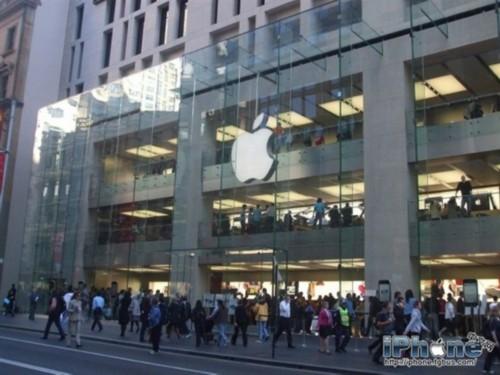 从最近苹果零售店的动作来看,阿伦德茨很有可能会引领一次新改革<b