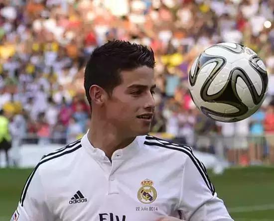 万人jd现场-年龄:23 国籍:哥伦比亚 俱乐部:皇家马德里   薪水/奖金:2450万美