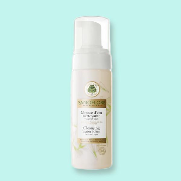第一步清洁皮肤,小梳推荐的是Sanoflore的清洁水慕斯(Mousse D