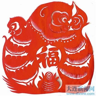 剪纸老艺人韩月琴猴年剪纸贺新春 组图