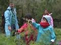 《北京卫视二胎时代片花》夏天与瑞瑞比赛拔萝卜 拔超大萝卜获好评