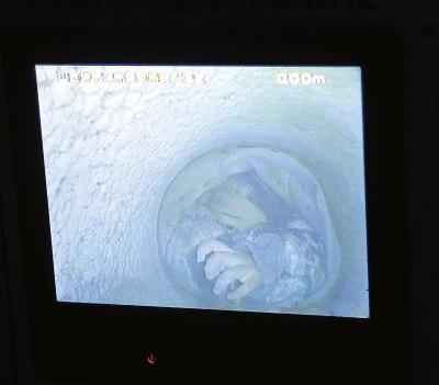 2岁男童被困30米深井19小时 井口直径仅26厘米