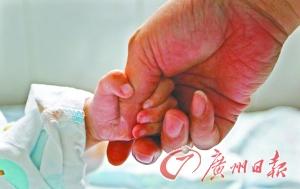 生病儿童。(资料图)记者苏俊杰 摄
