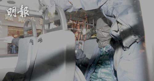 一男子被捕。(图:香港《明报》网站)