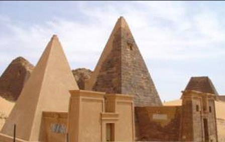 不像古代埃及那样,金字塔是专为王室和精英成员设置的,德里克&