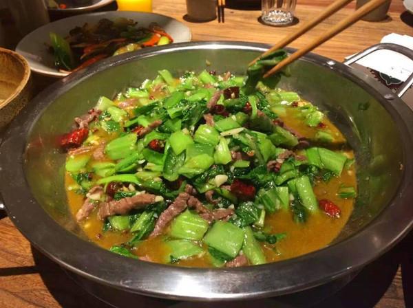 这些好吃到哭的超美食人气告诉你,青岛菜不只郑黔江美食坊图片