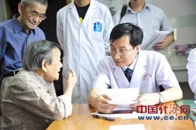 安全燃放烟花爆竹--专访北京同仁医院眼科主任
