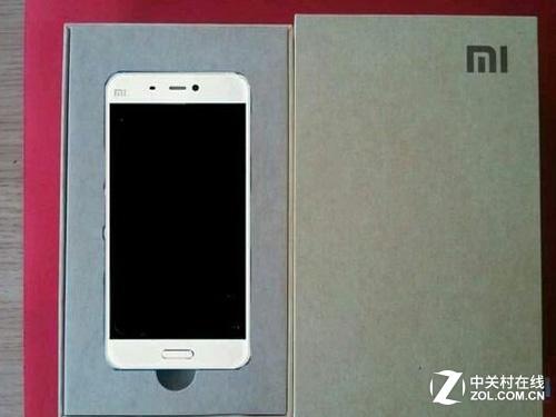 小米5再曝光:配5.7寸1080P屏增NFC功能