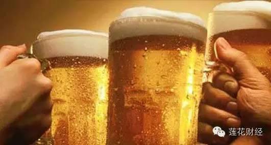 不喜欢白酒,不喜欢红酒,那就喝啤酒吧。青岛啤酒(600600)、燕京啤酒(000729)、珠江啤酒(002461)、重庆啤酒(600132)、惠泉啤酒(600573),总有一款适合你。