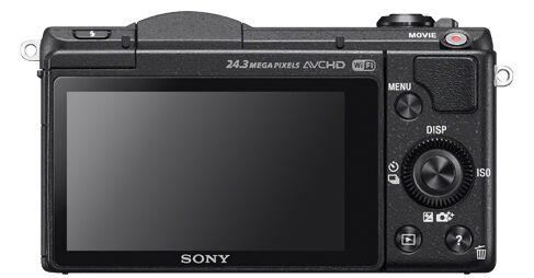 总的来说,作为一款适合家庭使用的微单相机,索尼微单A5100的操作简单、性价比高,是普通家庭很不错的选择。