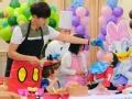 《闪亮的爸爸第一季片花》第十一期 高云翔讹厨师围裙 偷挤黄色奶油吃画面好污
