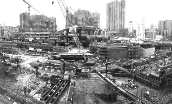 1月31日,广深港高铁香港段西九龙站施工现场。