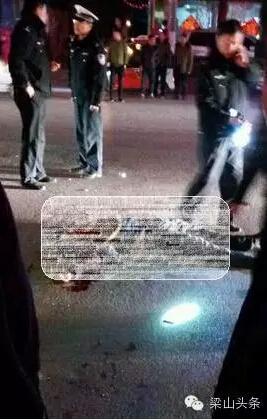 男子酒驾撞人致2人死亡 一女子被挂车顶(图)