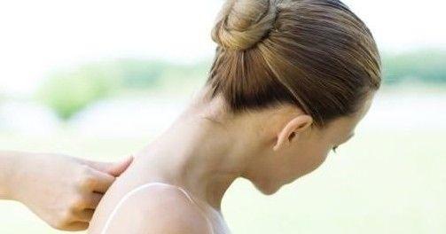 己的不良习惯,坐姿不正确,或者是睡姿不正确都会引起肩周炎,建议