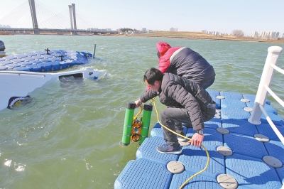 机器人下水探测