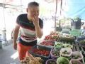 《了不起的挑战片花》未播 岳云鹏泰国买菜闹笑话 语言不通卖萌还价