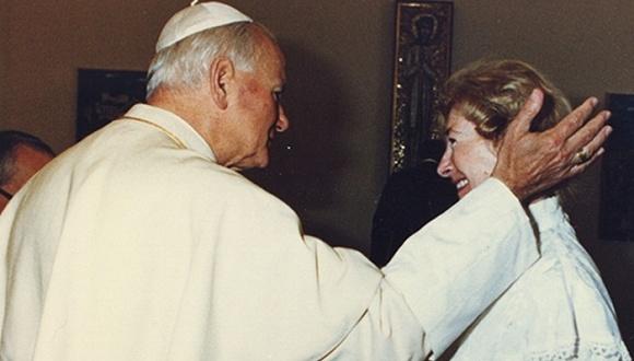 保罗二世与图米尼斯卡。图片来源:网络