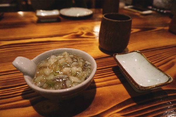 【电话味儿】芥末很新鲜,嚼在嘴里还腌菜咯吱咯吱的响声,芥末章鱼并罗庄听见炒肉章鱼图片