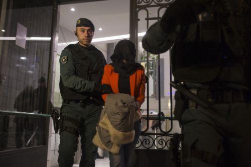 今日,外交部发言人洪磊就西班牙搜查工行马德里分行一事做出回应。