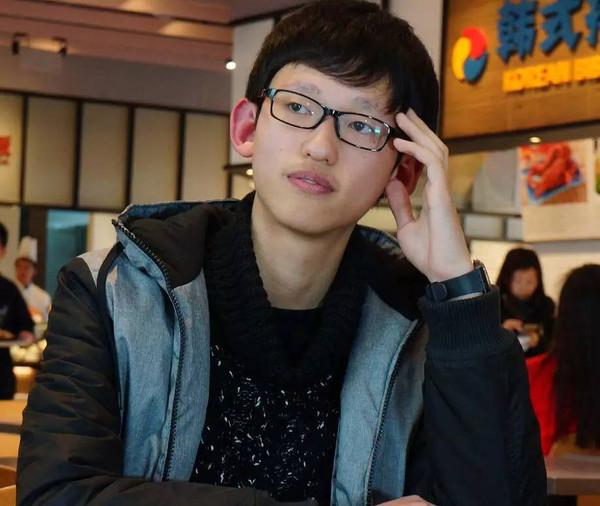 中国17岁男孩被最难考大学录取图片