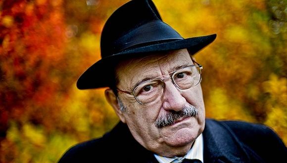,小说家、符号学家安伯托·艾柯(Umberto Eco )于本周五在家图片