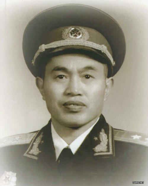 林彪十大元帅排第几_1955年毛泽东授军衔,问除十大元帅外,分别列出十个大将;上将 ...