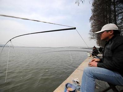 """钓鱼用""""盐""""会事半功倍,这是钓鱼大师说过的一句"""