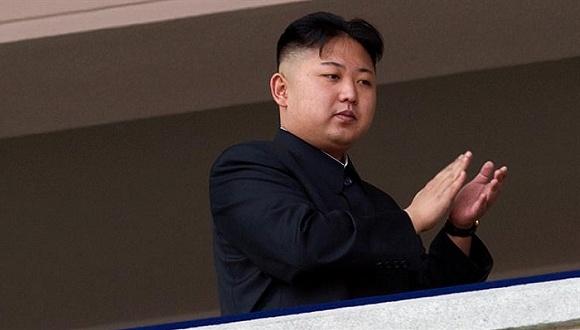 据俄罗斯卫星网援引NHK电视台报道,朝鲜人民军新任总参谋长李明洙的名字首次出现在朝鲜《劳动新闻》报上。韩国媒体于2月初曾报道称朝鲜前任总参谋长李永吉被处决。