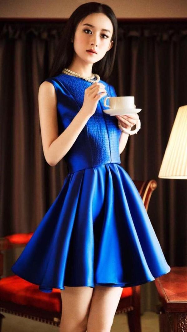 有一种蓝色叫做赵丽颖!