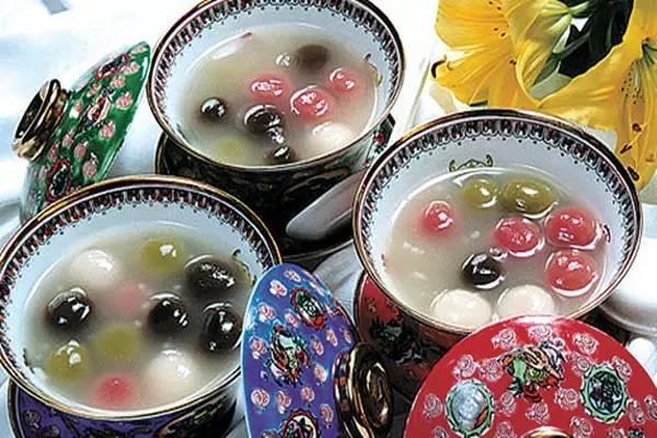 湖北易游天下国际旅行社祝您 元宵节快乐