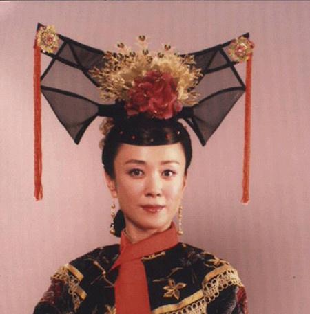 被影视剧玩坏的清朝女子发型--大拉翅!图片