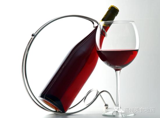女性喝红酒_盘点女性喝红酒的八大好处 让你越喝越美!