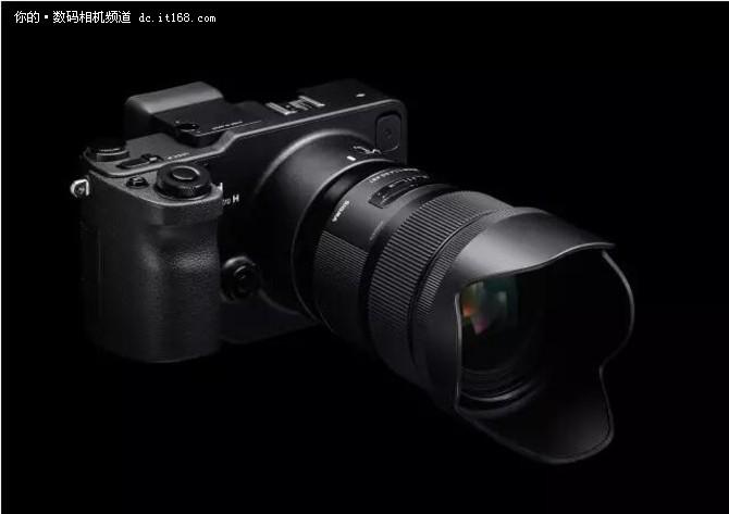 SIGMA sd Quattro搭载了一块APS-C画幅的X3传感器,可输出3900万像素的照片。SIGMA sd Quattro H则搭载了一块全新的APS-H画幅的传感器,尺寸为26.6 x 17.9mm,可输出5100万像素的照片。上市日期及售价未定。
