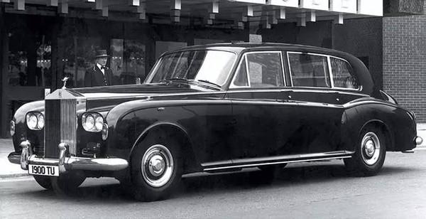 已经发展到第七代的劳斯莱斯汽车幻影车型即将停产