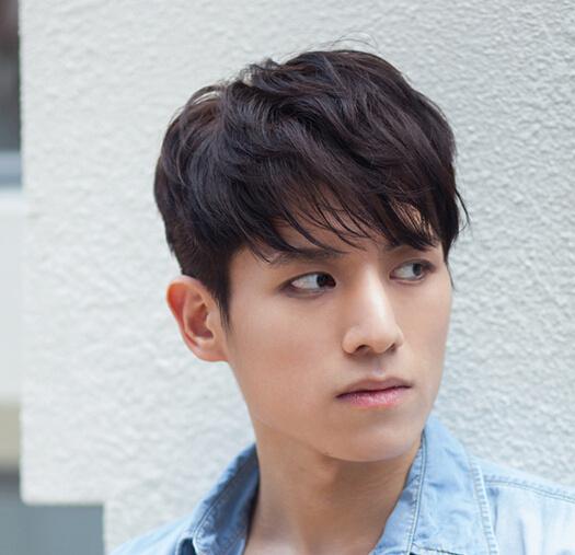 韩国街头潮男发型 这样的头发最流行