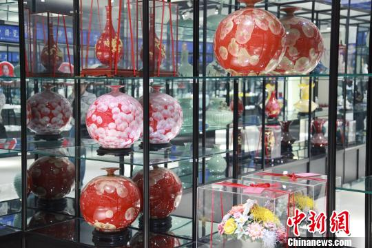 法库陶瓷产品资料图 沈殿成 摄