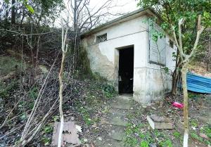 关联部分特地建了个小屋,避免泉水被净化
