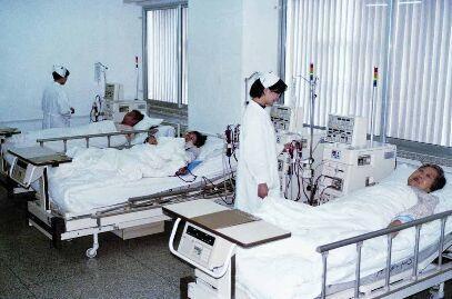山东女子信偏方吞鱼胆中毒 全身浮肿住院1个月