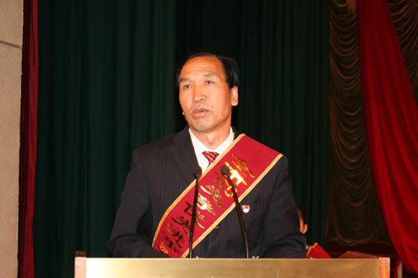 蔺守强曾被评为甘肃省劳动模范,还多次当选镇、县、市、省人大代表。